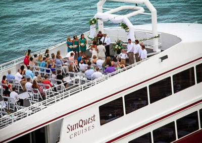 Experience romance between the sky and sea. The SOLARIS is an award-winning Destin wedding venue, with an all-inclusive experience and wedding planners included in all packages.
