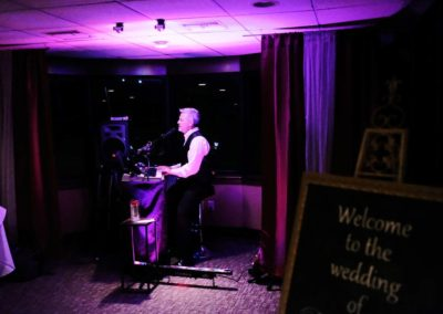 Our wedding planners can arrange for live entertainment that can be heard throughout all three decks.