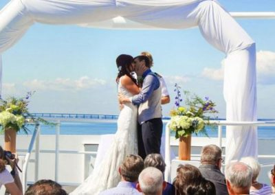 Cruise through an amazing and unforgettable wedding experience.