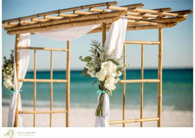 Our wedding planners can help with all the expected and unexpected details for your Destin Beach Wedding.