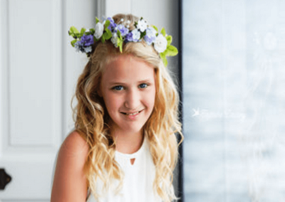 Flower crowns bring fresh, natural beauty to your bridal look. Brides, bridesmaids, flower girls, and even pets have rocked floral headbands, tiaras, wreaths, and garlands at real weddings.
